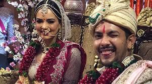 Aditya Narayan Ties Knot With Girlfriend Shweta Agarwal Pragativadi